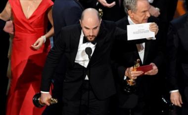 """Organizatorët e """"Oscar""""-it kërkojnë falje: Ishte gabimi ynë! Dhamë zarfin e gabuar"""