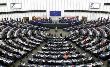 Parlamenti Evropian kërkon njohjen e Kosovës nga pesë vendet e BE-së