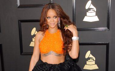 Rihanna shpallet humanistja e vitit (Foto)