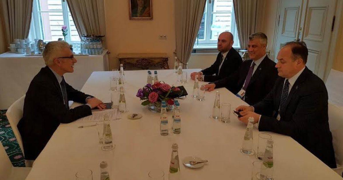 Thaçi kërkon anëtarësimin e Kosovës në INTERPOL dhe anulim të fletarresteve të Serbisë