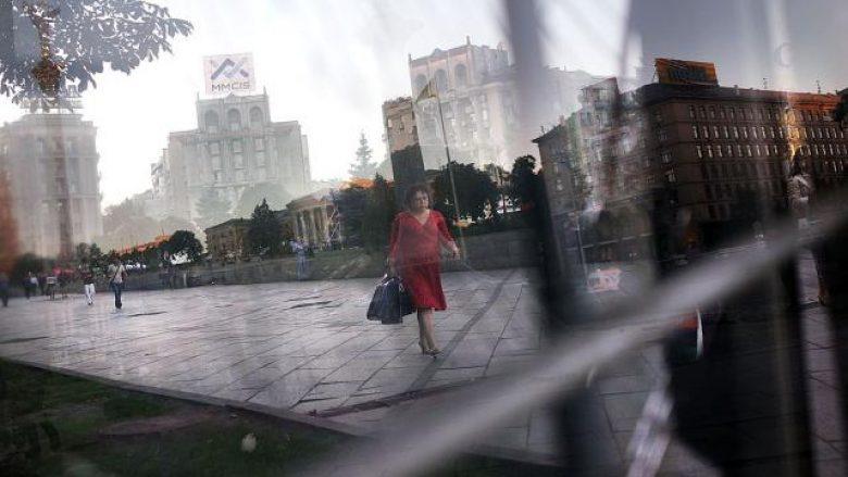 Ukraina i vë sanksione katër politikanëve serbë (Foto)