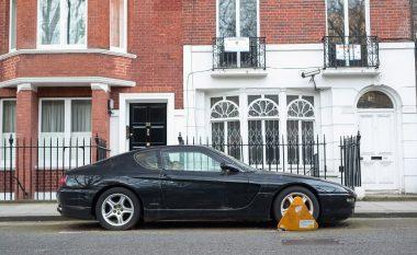 Braktiset Ferrari i 80 mijë eurove, pronari nuk ka para për ta regjistruar (Foto)