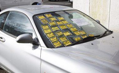 Hyundai i parkuar në vend të palejuar, vlera e tiketave kalon atë të veturës (Foto)