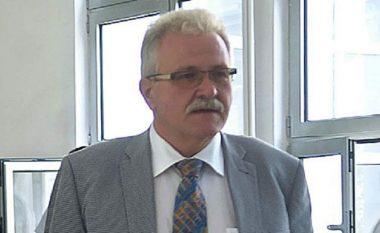 Vangellovski 'injoron' gazetarët (Video)