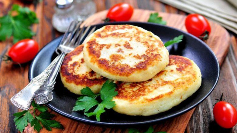 Kuzhinier për njëvjeçarët: Simite nga pureja e patateve