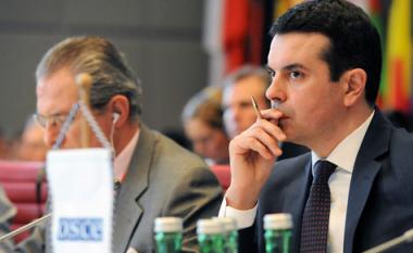Poposki: Për zgjedhje vendosin Kuvendi dhe qytetarët, e jo dikush nga jashtë