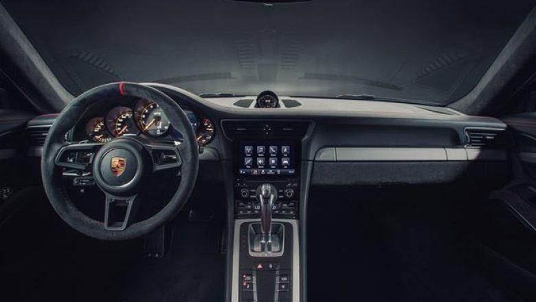 Porsche krijon e sistemin e autopilotimit, në nivelin e shoferëve të garave (Foto)