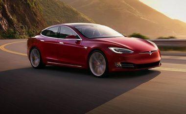 Tesla kushton më lirë të sigurohet sepse rastet e ndeshjeve janë më të rralla (Foto)