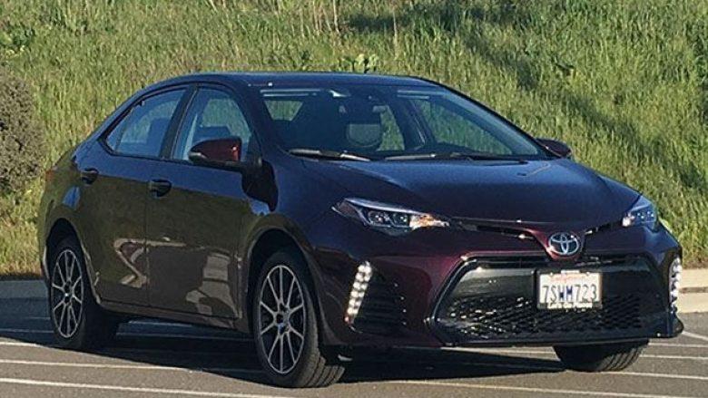 Thjeshtësia e Toyota Carolla, ka bërë që të jetë i mirë dhe praktik (Foto)