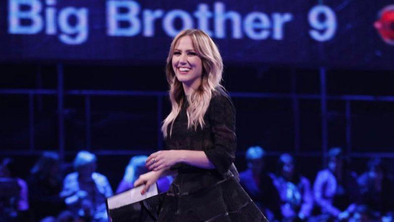 Albana Osmani shfaqet me veshje të kopjuar në Big Brother?
