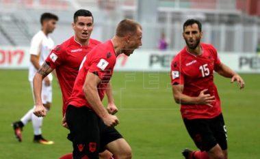 Shqipëria kthehet në lojë, shënon Balaj (Video)