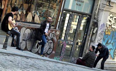Buraku & Fama në xhirimet e klipit të ri në Stamboll