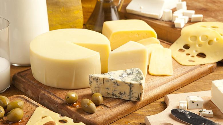 Mund të vazhdoni të qetë të ngopeni me djathë sepse nuk ju shëndosh!