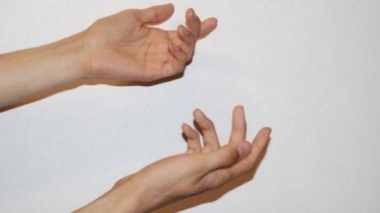 Çfarë do të thotë nëse iu dridhen duart?