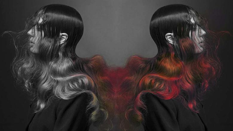 Si me magji! Ngjyra e flokëve ndryshon sipas temperaturës (Video)