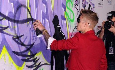 Justin Bieber rrezikon të arresothet (Foto)
