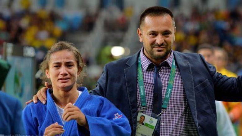 Majlinda Kelmendi u jep zemër lojtarëve të Kosovës për ndeshjen me Islandën (Video)