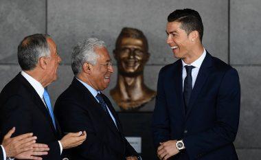 E gjithë bota po tallet me statujën e Ronaldos, flet skulptori që e bëri për 15 ditë (Foto/Video)