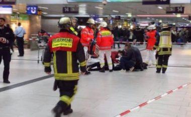 Sulmi me sëpatë në Dusseldorf, autori është nga Kosova!