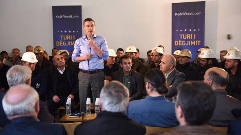 Veseli bashkëbisedon me minatorët e Trepçës (Foto)