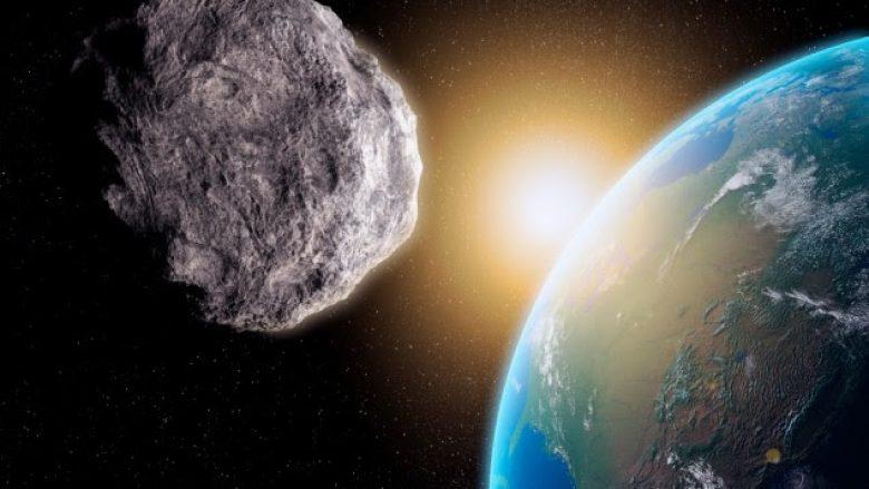 NASA: Po vjen një asteroid i madh, por nuk do ta godasë Tokën