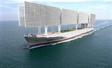 Burgu anije, më shumë si anije luksoze për pushime se sa vend i të dënuarve (Foto)