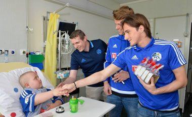 Gjesti i mirë nga Kryeziu, gëzon fëmijët në spitalin e Luzernit (Foto)