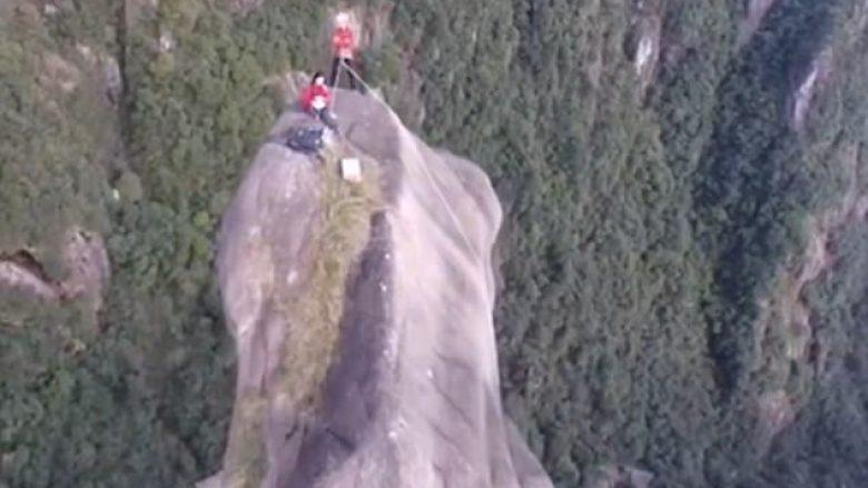 Ngjiten në shkëmbin e lartë 130 metra dhe shumë të thepisur, arrestohen sapo zbresin (Foto)