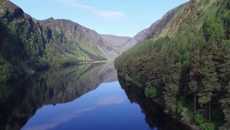 Fshati Glendalagh, lugina e dy liqeneve në Irlandë