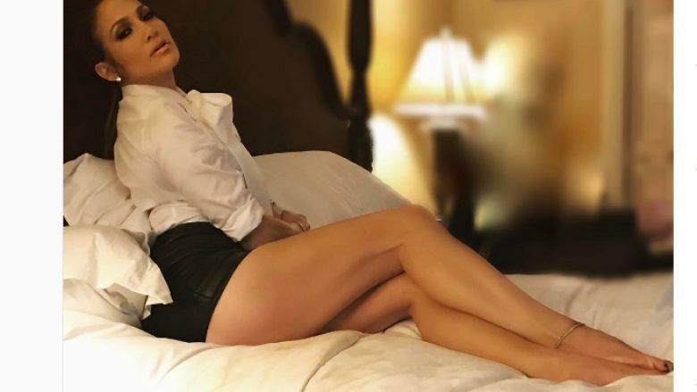 Si ia bën 47 vjeçarja J.Lo të duket si 27 vjeçare?