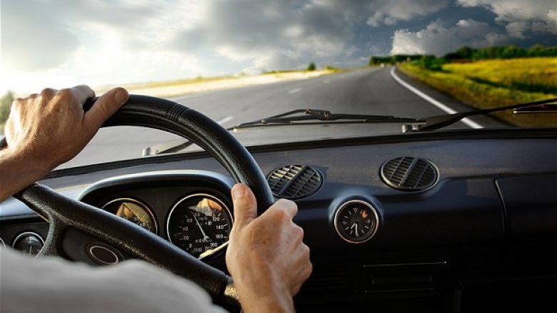 Shoferi zbulohet përmes rrjetit social, se bëri shkelje gjatë vozitjes (Foto)