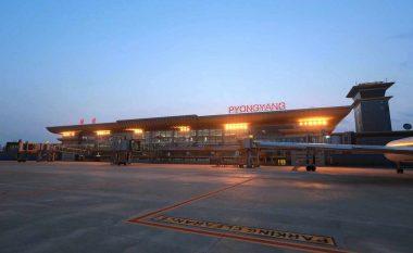 Koreja Veriore e ka arrestuar një amerikan në aeroport