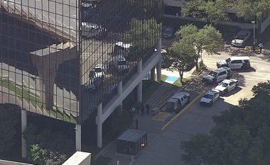 Përfundon tmerri në Dallas: Dy të vdekur dhe asnjë i lënduar (Foto/Video)