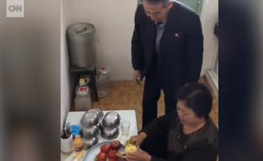 Brenda shtëpive të koreano-veriorëve (Video)