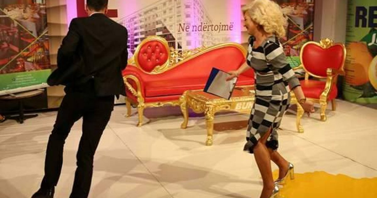 Tensionohet  keq situata n Kosov Show  Mihrija nervozohet dhe ndjekë Shpetimin në emision