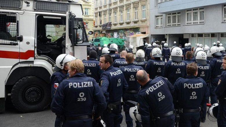 """Operacion kundër """"shtetit paralel"""" në Austri, 26 ekstremistë të ndaluar"""
