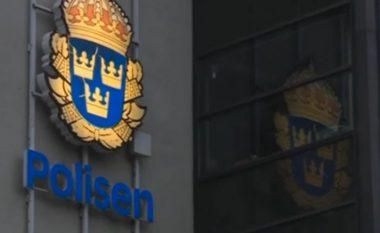 Ligjet në Suedi: Emigrantët që e përdhunuan një femër dhe e transmetuan 'live' në Facebook, marrin dënime qesharake (Foto)