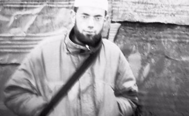 I arrestuari për terrorizëm dërgohet në Gjykatën e Pejës (Foto)