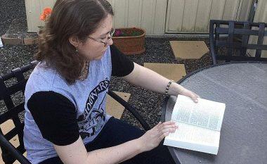"""E rrallë: 27-vjeçarja mund të kujtojë çdo detaj të jetës së saj dhe të """"mësojë përmendsh"""" të gjithë librat e Harry Potter-it (Foto/Video)"""