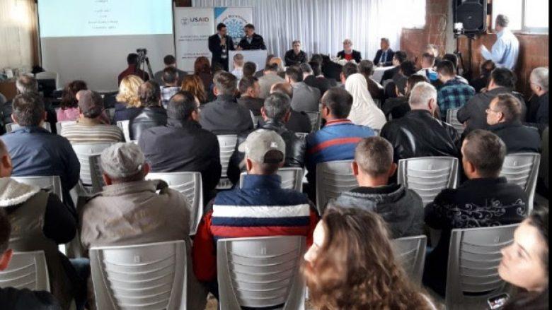 Hungarezët ofrojnë përvojën e tyre në kultivimin e vishnjës për fermerët e Gjilanit