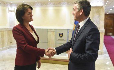 Eichhorst gjatë takimit me Veselin: Vazhdoni reforma dhe dialogun me Serbinë