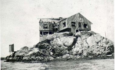 Shtëpinë e braktisur 20 vite më parë e shndërroi në një vilë luksoze (Foto)
