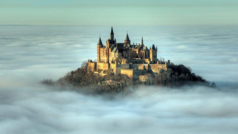Tri kështjellat në të cilat nuk do të hezitonit të jetoni (Foto)