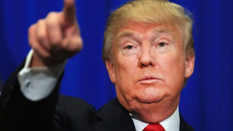 """""""New York Times"""": Trump u tha rusëve se shefi i FBI-së është """"i çmendur"""""""