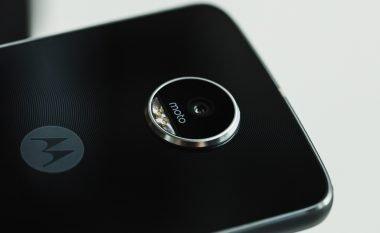 Lenovo konfirmon baterinë me 3000 mAh për Moto Z2 Play