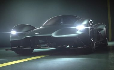 Aston Martin skanon blerësit e modelit Valkyrie, për t'jua punuar ulëset adekuate (Foto)