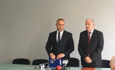 Haradinaj interesohet për gjendjen e punëtorëve