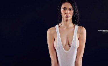 Këto janë 20 pozat 'topless' dhe krejtësisht lakuriq të modeles mitrovicase (Foto/Video, +18)