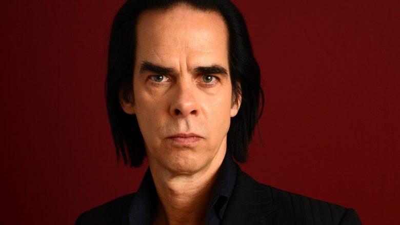 Nick Cave rrëfen rikthimin në jetë normale, pas humbjes së djalit: Kuptimi ndryshon gjatë viteve
