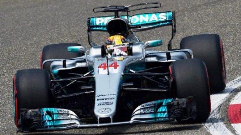 """Hamilton """"pole position"""" në Spanjë, Vettel renditet i dyti"""
